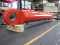 entladezylinder-durchmesser-700-hub-4000mm